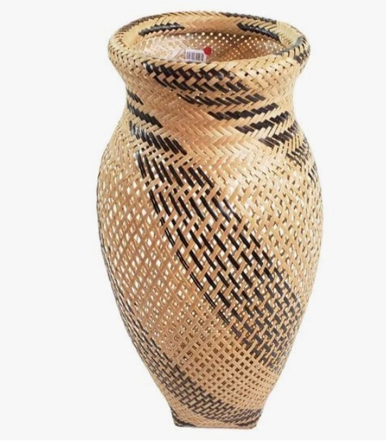 cestas de fibra de palma