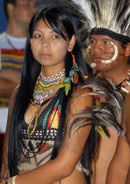 mujer Patamona con vestimenta tradiciona